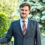 4772afa173 ... Kucsera Tamás Gergely filozófus-szociológus-közgazdász jelentős  szerepet játszott az Akadémia intézményrendszerének kialakításában. Fekete  György – a ...